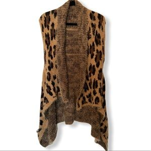 NICE! Super Soft CHEETAH Leopard Sweater Vest! 🌻